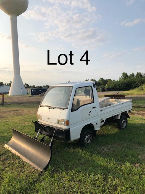 LOT #4 - Subaru Mini Truck w/ Blade (NO RESERVE)